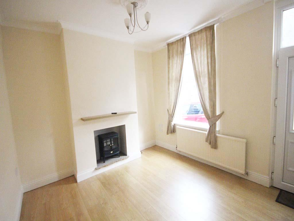 2 bedroom mid terrace house For Sale in Barnoldswick - IMG_7376.jpg
